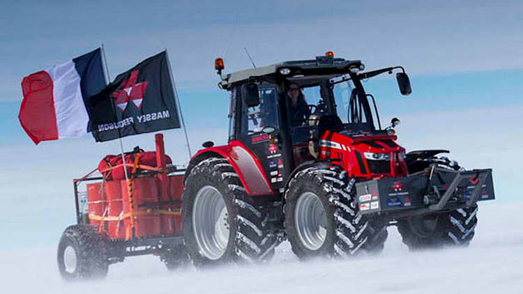 Tractor Girl reaches South Pole after five-year expedition [w/videos]