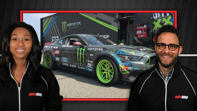 Autoblog Minute: Onboard in the wild 2015 Mustang RTR