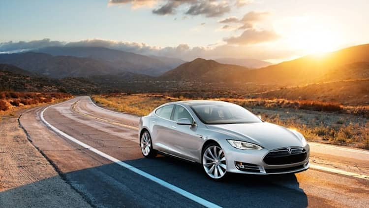 Texas trying once again to legitimize Tesla sales