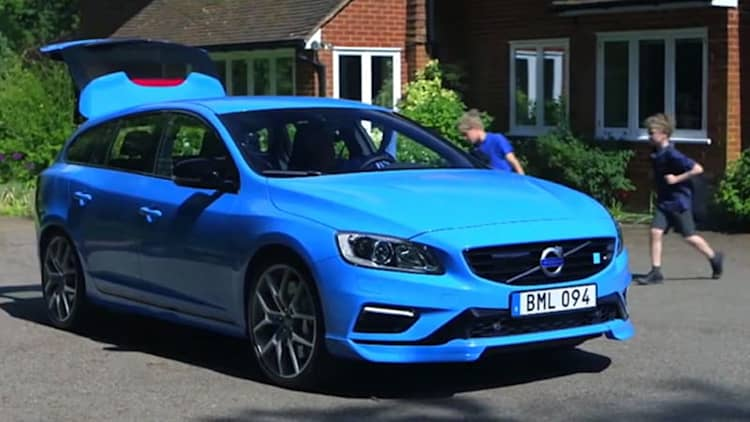 Jay Leno recreates 'school run' stunt in Volvo V60 Polestar