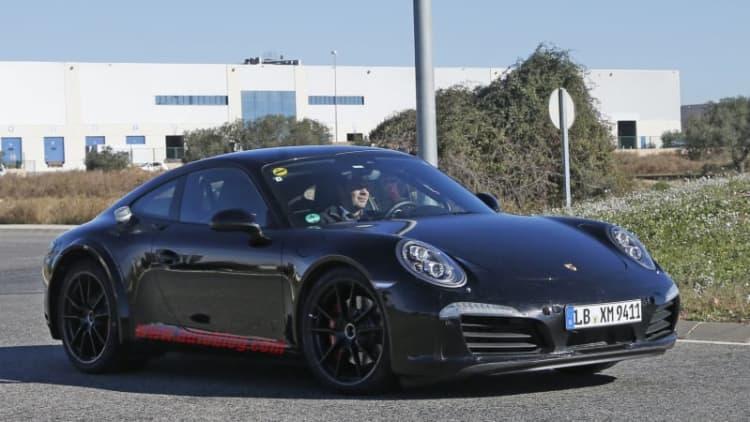 Porsche is planning a hybrid version of the 911