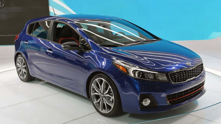 Kia Forte and Forte5 bring fresh new duds to Detroit