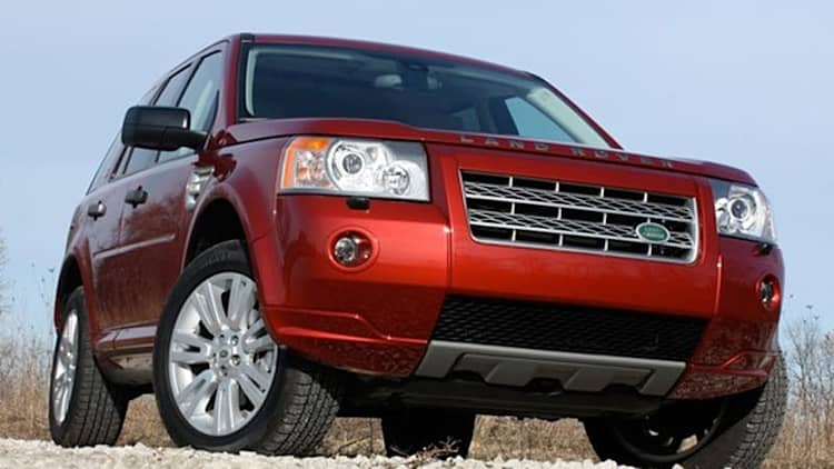 Review: 2009 Land Rover LR2 HSE is naughty by nature