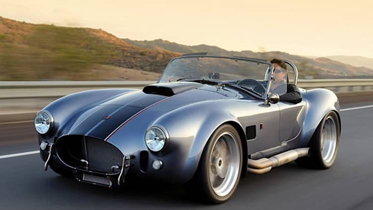 Quick Spin: Superformance MKIII R Cobra kickstarts our hearts