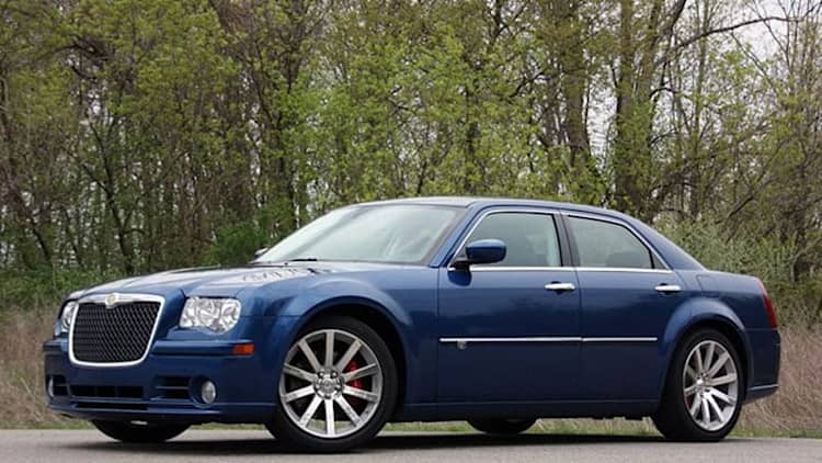 Review: 2010 Chrysler 300C SRT8 remains a guilty pleasure