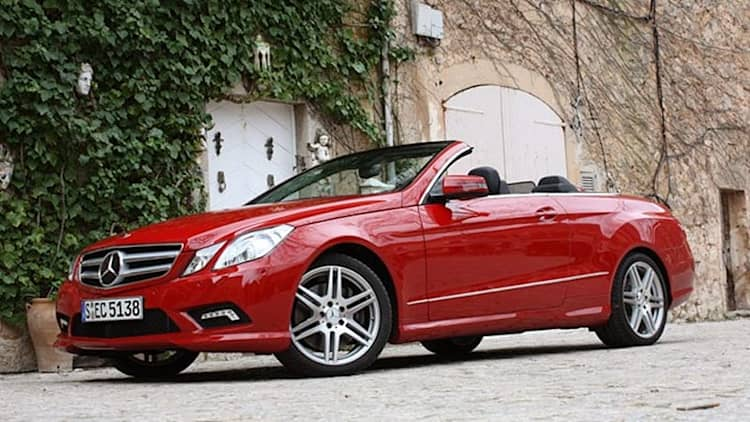 AP: Mercedes recalling 85,000 C- and E-Class models over steering woes