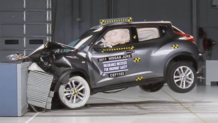 IIHS tests brace of new small cars, many earn Top Safety Pick status [w/video]