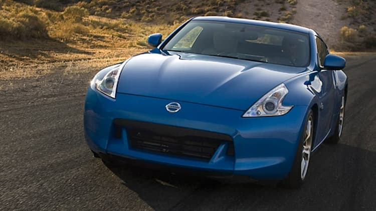 Nissan 370Z and Infiniti G37 recalled over pinching windows