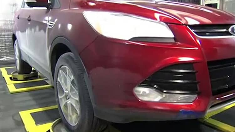 Watch Ford test the Escape for NVH issues in a portable chamber