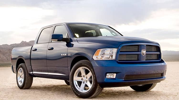Chrysler recalling 278,222 trucks and SUVs over bad rear axles