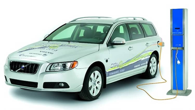 Volvo announces diesel plug-in hybrid for 2012 [w/video]