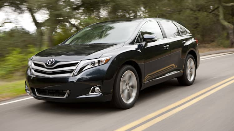 Toyota to axe Venza by June 2015