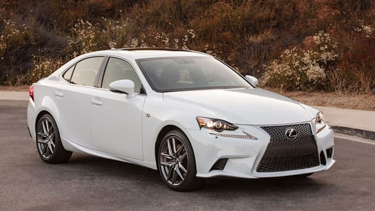 2016 Lexus IS gets revised engine lineup