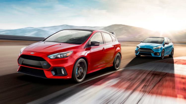Ford is sending the Focus RS off with a red, LSD-equipped bang