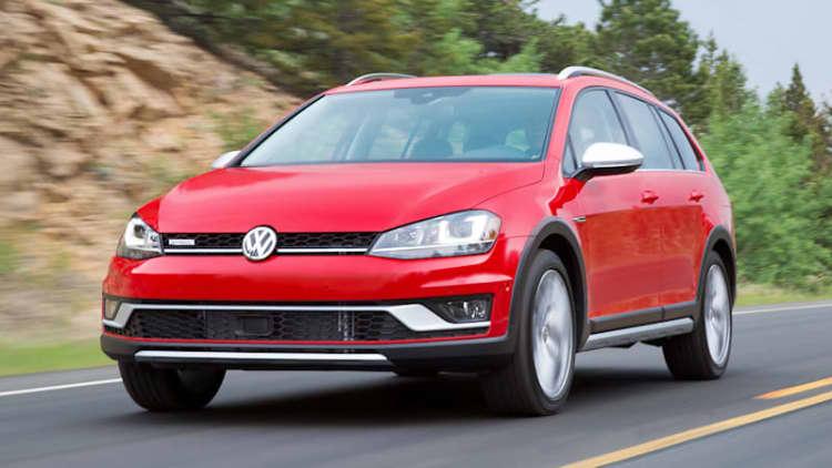 The not-Subaru crossover wagon | 2017 Volkswagen Alltrack First Drive