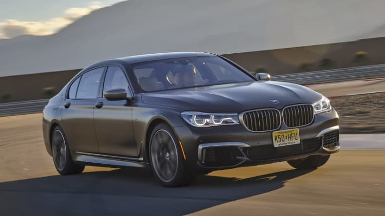 Not an M7 | 2017 BMW M760i xDrive First Drive
