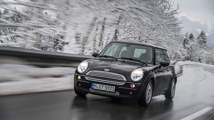 Mini recalls 86,000 hatchbacks, convertibles from 2002 to 2005
