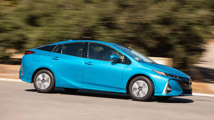 Seriously better   2017 Toyota Prius Prime First Drive
