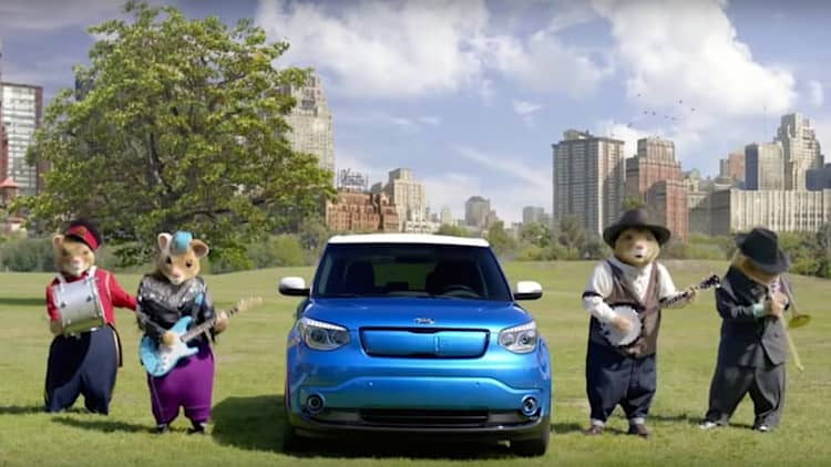 Watch the Kia Soul hamsters take on 'Dueling Banjos'