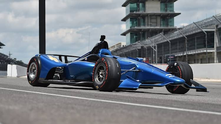 2018 IndyCar NEXT makes its official debut in super speedway spec