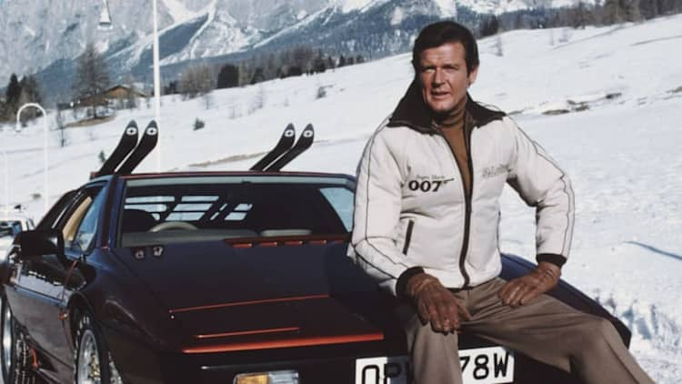 Roger Moore dies at 89; a look back at his automotive moments