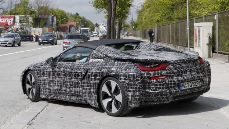 BMW i8 Spyder on track for 2019
