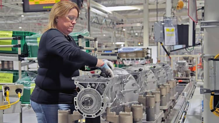 Ford will 'create or protect' 800 jobs, invest $350M in transmission plant