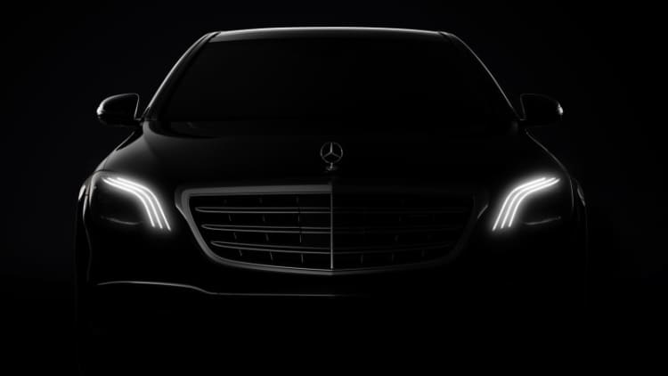Mercedes will show its largest and smallest cars in Shanghai