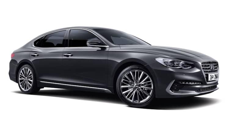The 2018 Hyundai Azera looks pretty classy