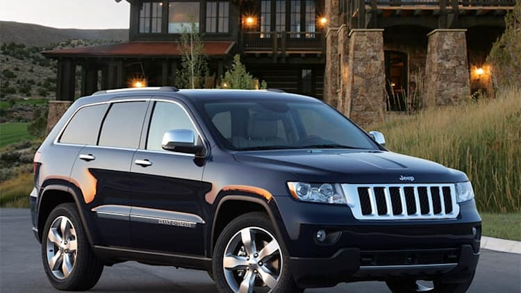 FCA recalls 570,000 SUVs from Jeep and Dodge over fire woes