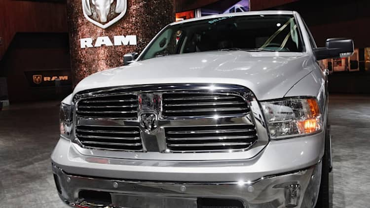 Feds sue Fiat Chrysler, accuse it of cheating on diesel emissions