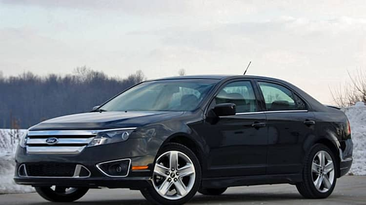 NHTSA investigating 2010 Ford Fusion, Mercury Milan for accelerator pedal entrapment due to floormat stacking <i>*UPDATE</i>