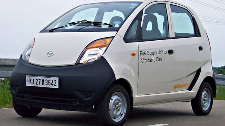 Quick Spin: 2011 Tata Nano CX - Driving the world's cheapest car