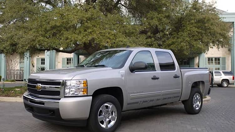First Drive: 2009 Chevrolet Silverado Hybrid and GMC Sierra Hybrid