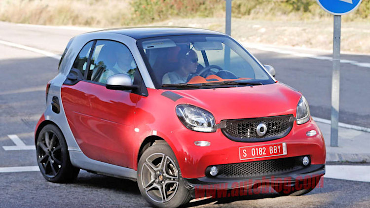 Smart Fortwo Brabus drops most of its camo
