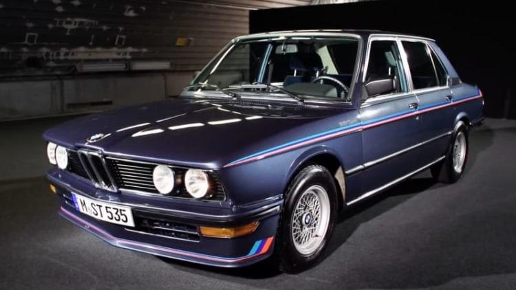 BMW celebrates its awesome '80s M535i