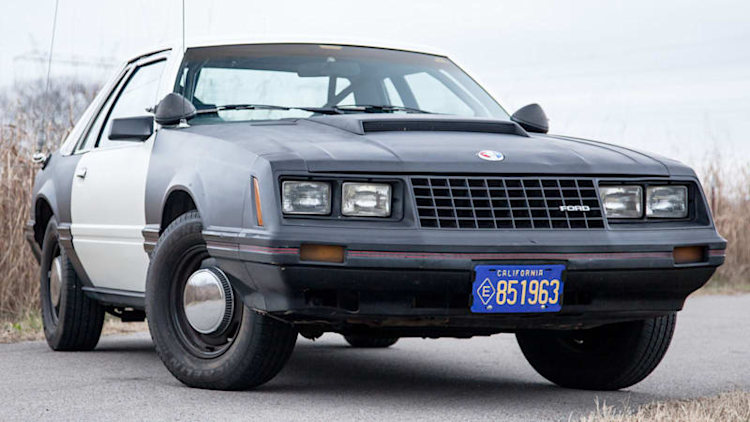 Here's what it's like to drive the very first Ford Mustang cop car
