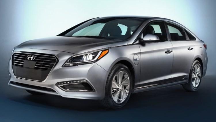 2016 Hyundai Sonata Hybrid, PHEV gets conservative new look, more range