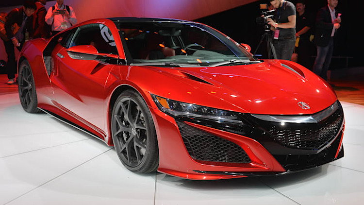 2016 Acura NSX grows into its updated styling for the 2015 Detroit Auto Show [w/videos]