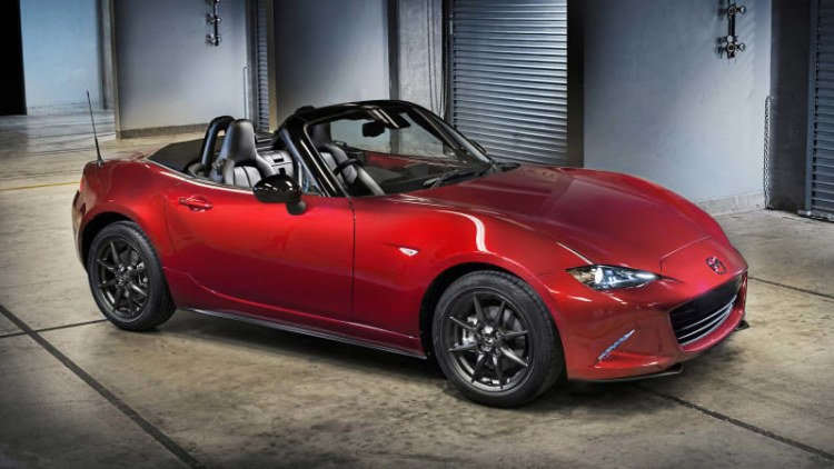 Chicago Auto Show page claims 2016 Mazda MX-5 Miata to produce 155 hp [UPDATE]