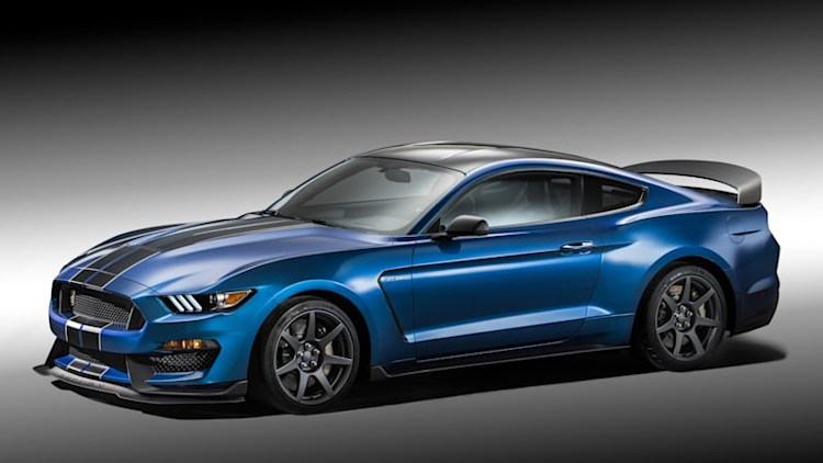 Ford Shelby GT350R sets 7:32.19 Nurburgring lap time