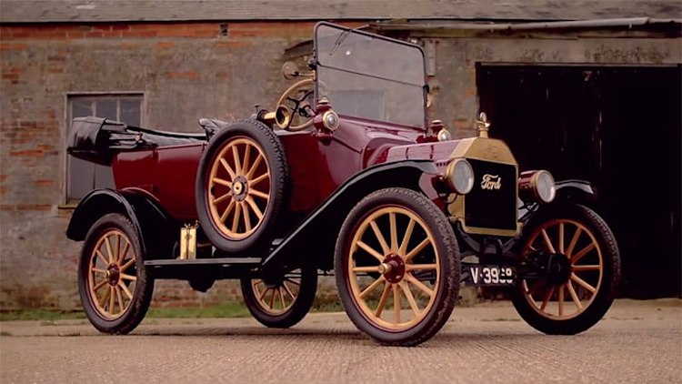 Xcar shows how to drive the Ford Model T