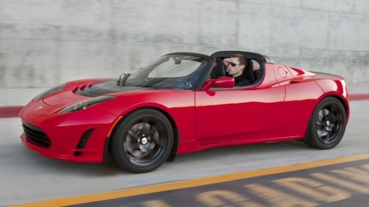Tesla Roadster 3.0 package prototype announced with 400-mile possibilities
