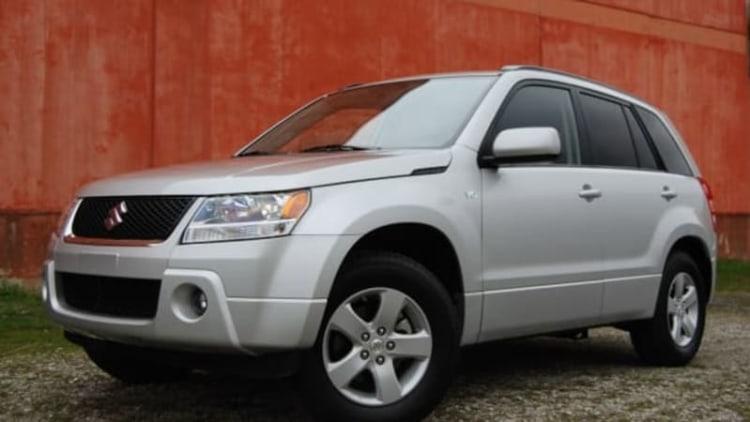 Suzuki recalling 200K crossovers over airbag woes