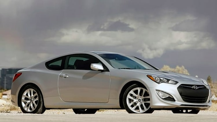 2015 Hyundai Genesis Coupe dumps turbo four, goes V6 only