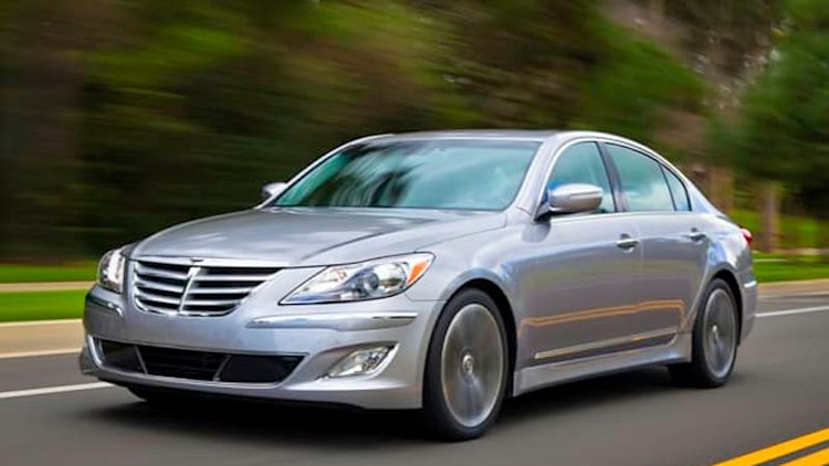Hyundai fined $17.35 million for late Genesis recall