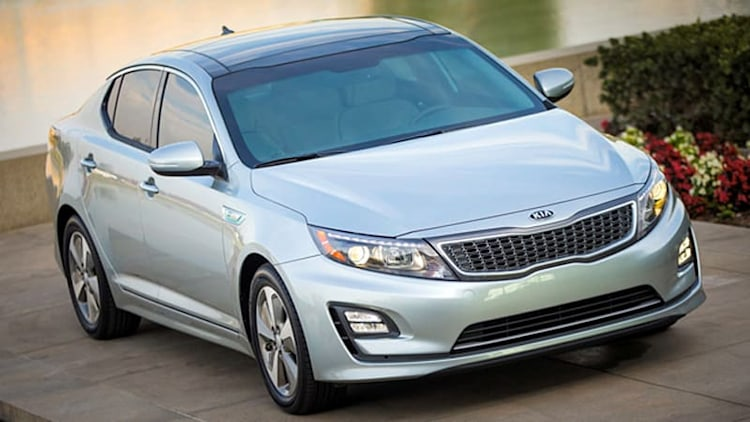 2014 Kia Optima Hybrid shows its freshened face