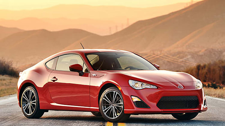 2014 Scion FR-S gets price increase, knee cushions [w/video]