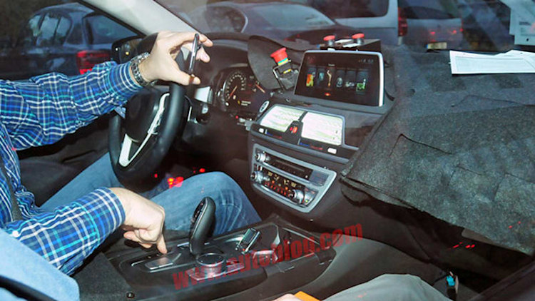 Next BMW 7 Series interior spotted