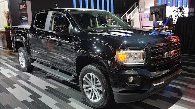 2015 GMC Canyon Nightfall Edition rumbles in under the radar